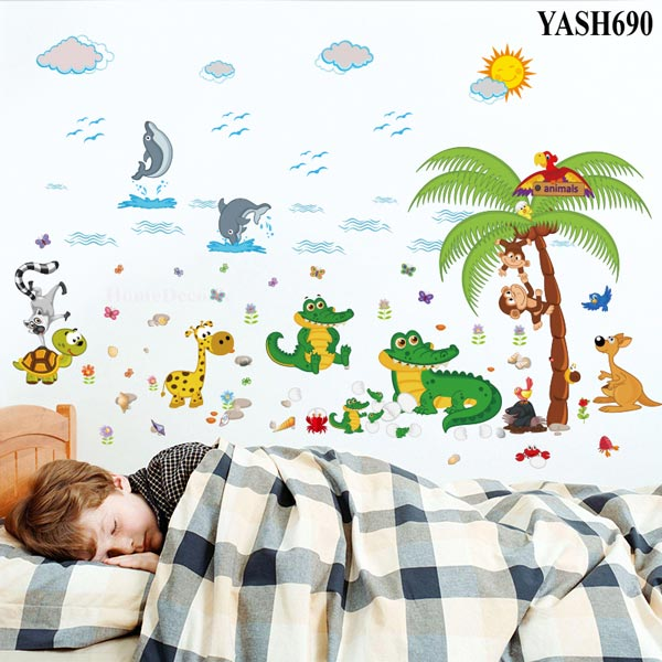 Cute Animal In Beach Wall Sticker - YASH690